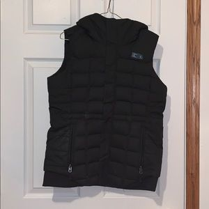 North face down vest